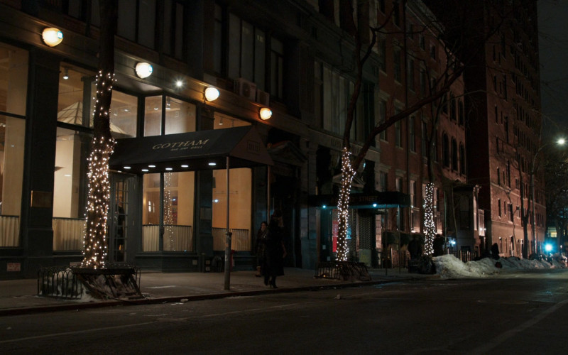 Gotham Bar & Grill Restaurant in Younger S07E10 Inku-baited (2021)