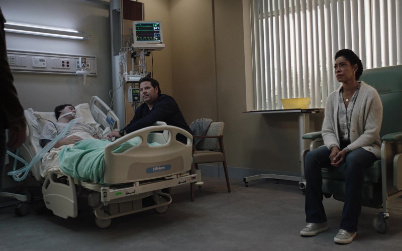 Hill-Rom Hospital Bed in 9-1-1 Lone Star S02E13 One Day