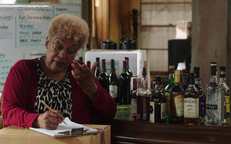 J.P. Wiser's Whisky and Oryza Vodka in NCIS New Orleans S07E15 Runs in the Family (2021)