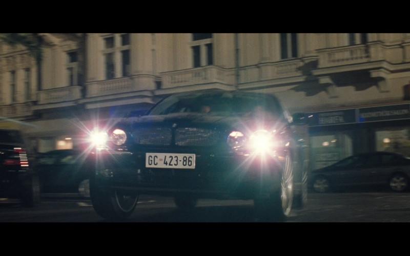 Jaguar XJR Car in Casino Royale (2006)