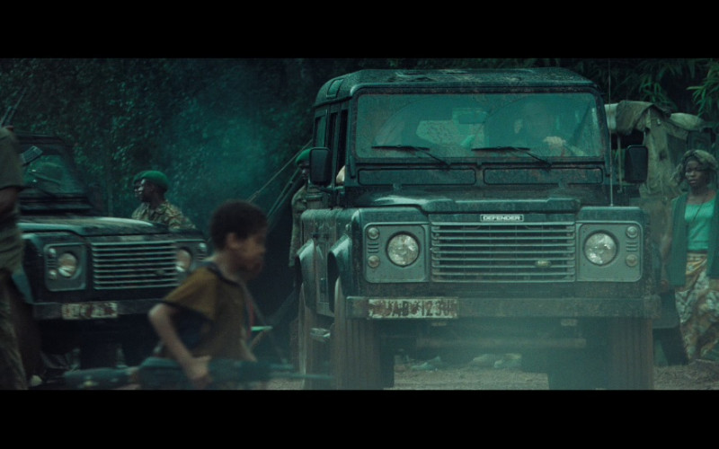 Land Rover Defender 110 Station Wagon Cars in Casino Royale (2006)