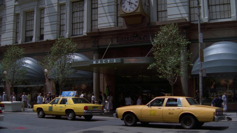 Macy's Store in Pose S03E01 On the Run (2021)