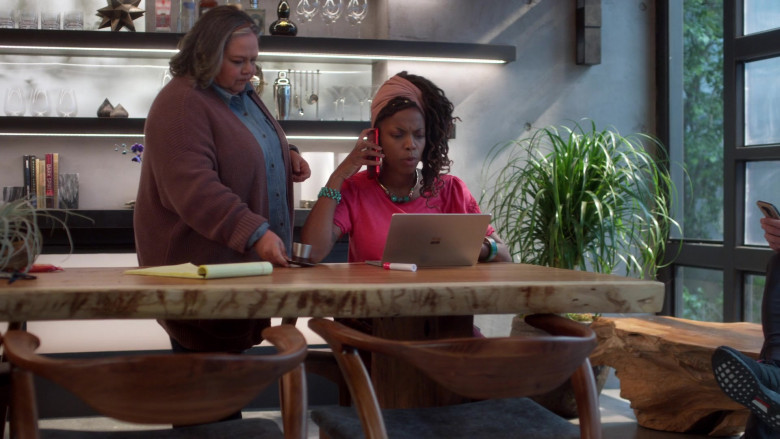 Microsoft Surface Laptop Used by Sasheer Zamata as Denise in Home Economics S01E05 (1)