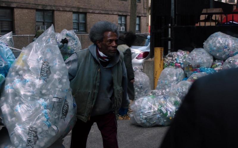 Mint-X Rodent Repellent Trash Bags in Law & Order Special Victims Unit S22E14 Post-Graduate Psychopath (2021)