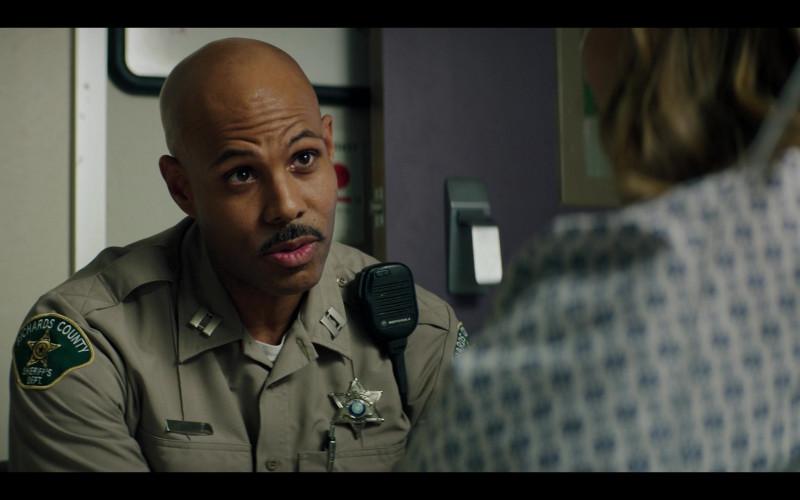 Motorola Radio of Todd Williams as Capt. John Williams in Panic S01E06 Dead End (2021)