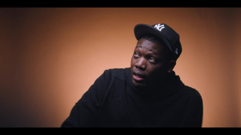 New Era New York Yankees Black Cap in That Damn Michael Che S01E06 Only Built 4 Leather Suits (2021)