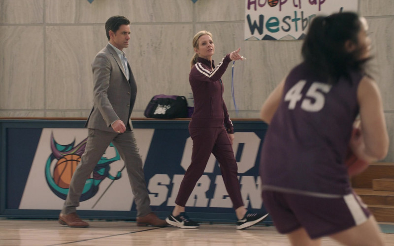 Nike Women's Sneakers in Big Shot S01E04 Great in the Living Room (2021)