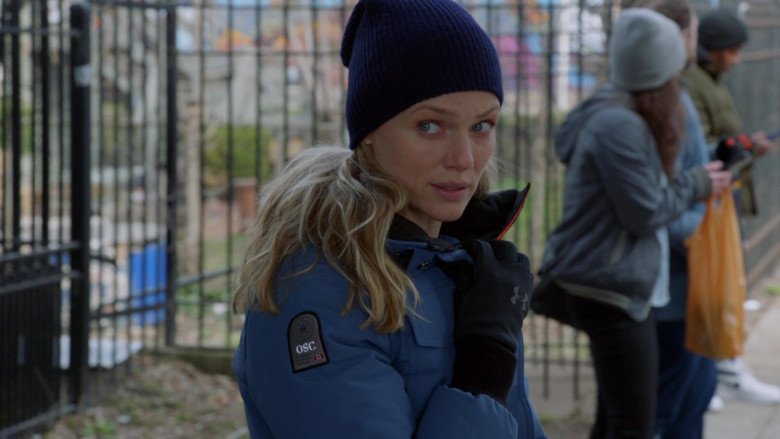 OSC Women's Jacket and Under Armour Gloves of Tracy Spiridakos as Detective Hailey Upton in Chicago P.D. S08E13 Troub