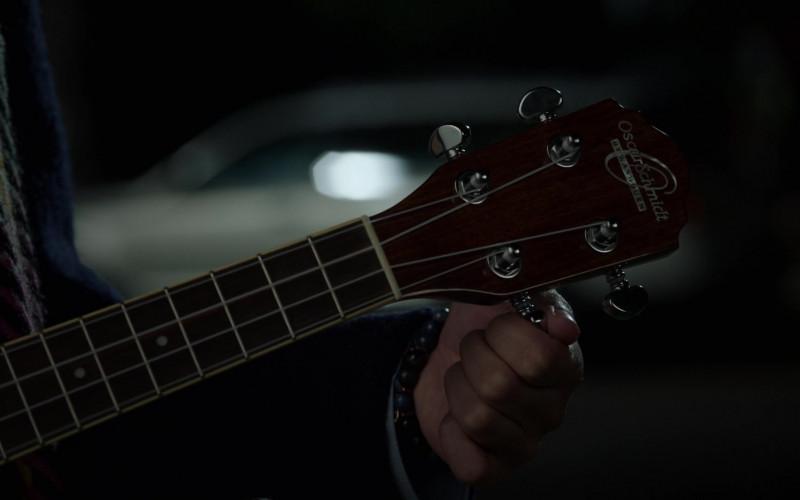Oscar Schmidt Acoustic Guitar in High School Musical The Musical The Series S02E03 (1)