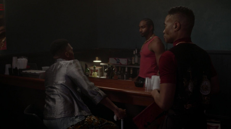 Pabst Blue Ribbon Beer Box in Pose S03E02 Intervention (2021)