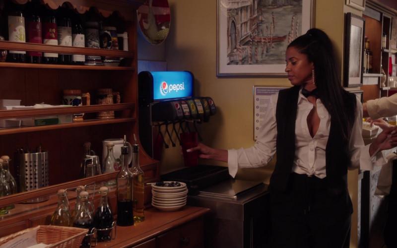 Pepsi Soda in Girls5eva S01E04 Carma (2021)