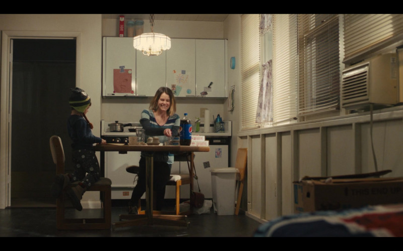 Pepsi Soda in Mare of Easttown S01E04 Poor Sisyphus (2021)