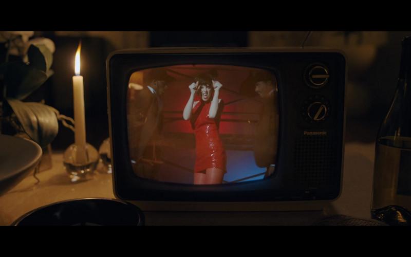 Philips TV in Halston E02 Versailles (2021)