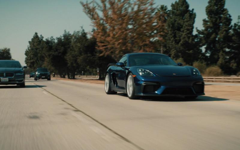 Porsche 718 Cayman GT4 Sports Car in Mythic Quest Raven's Banquet S02E04 TV Show 2021 (3)