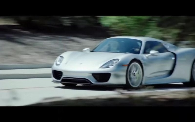 Porsche 918 Spyder Sports Car in The Misfits 2021 Movie (1)