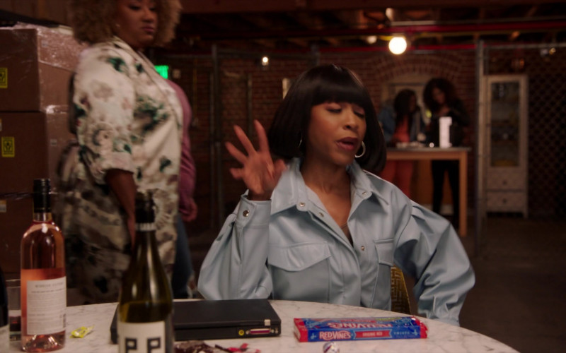 Red Vines Candy in A Black Lady Sketch Show S02E03 Sister, May I Call You Oshun (2)