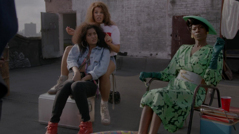 Reebok Women's Red High Top Sneakers in Pose S03E02 (1)