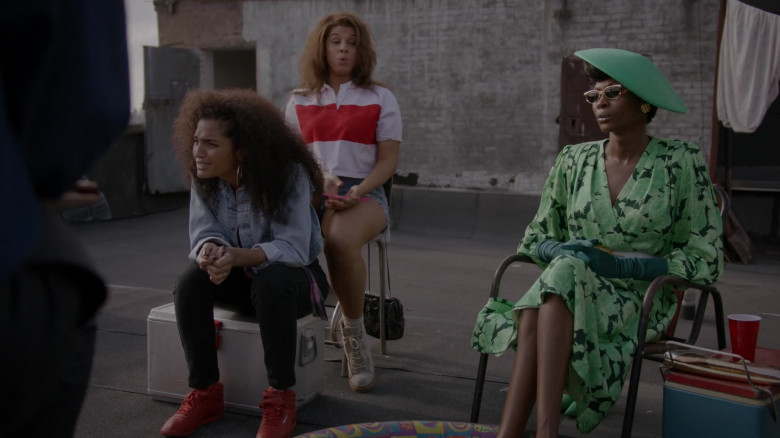 Reebok Women's Red High Top Sneakers in Pose S03E02 (2)