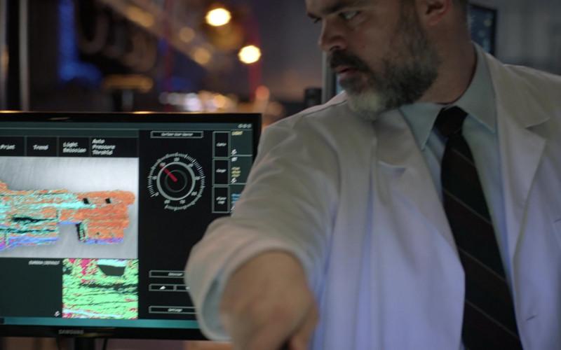 Samsung Monitor in Manifest S03E08 Destination Unknown (2021)