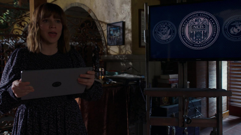 Samsung TV in NCIS Los Angeles S12E15 Imposter Syndrome (2021)