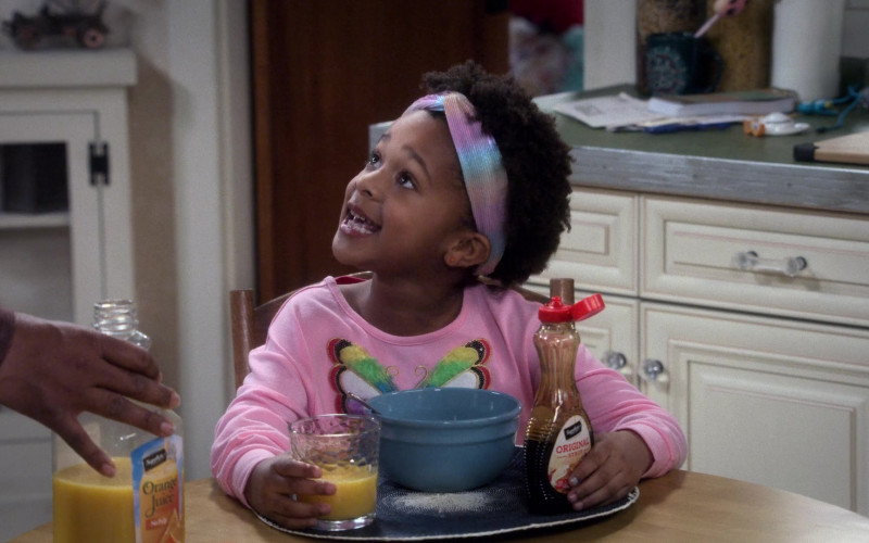 Signature SELECT Orange Juice and Syrup in The Upshaws S01E01 Birthday B.S. (2021)