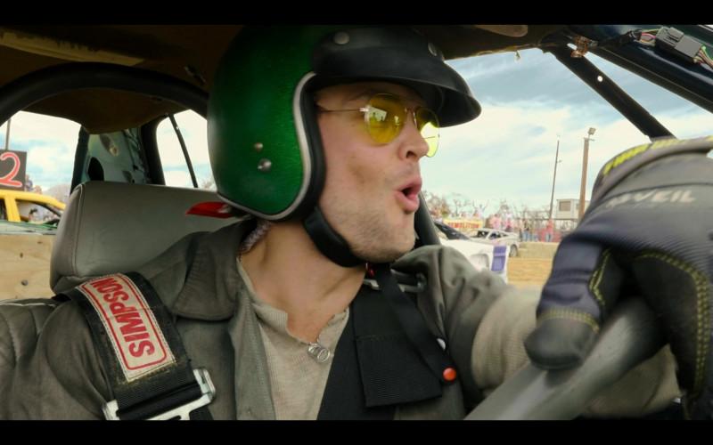 Simpson Racing Belts in Panic S01E06 Dead End (2021)