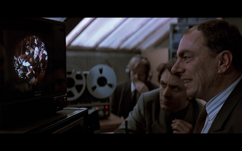 Sony Monitor in Patriot Games (1992)