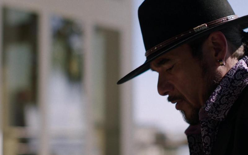 Stetson Men's Hat in Queen of the South S05E06 Plata o Plomo (2021)