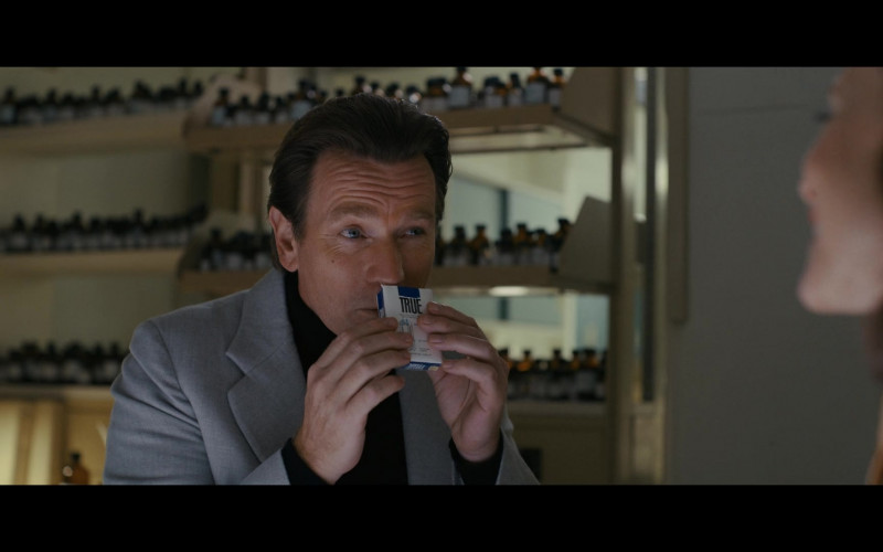 True Cigarettes of Ewan McGregor as Halston in Halston E03 The Sweet Smell of Success (2021)