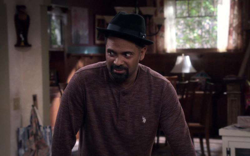 U.S. Polo Assn. Polo Shirt of Mike Epps as Bennie in The Upshaws S01E01 Birthday B.S. (2021)