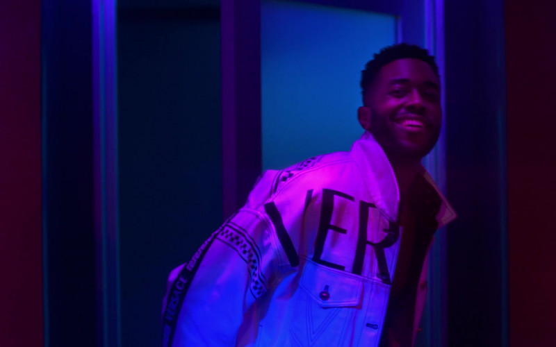 Versace Men's Jacket in Run The World S01E03 What a Co-inky-d… (2021)