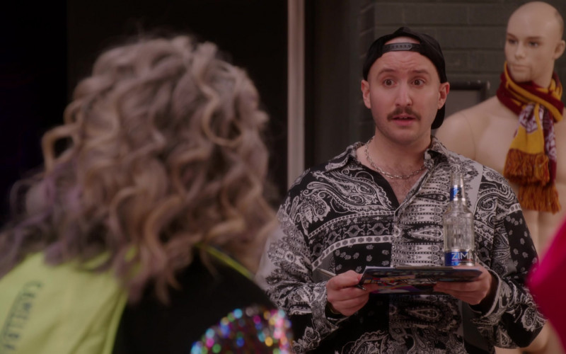Zima lightly carbonated alcoholic beverage in Girls5eva S01E06 Cease and Desist (2021)