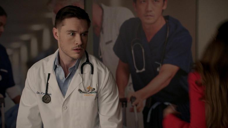 3M Littmann Stethoscope in Dynasty S04E05 New Hopes, New Beginnings (2021)