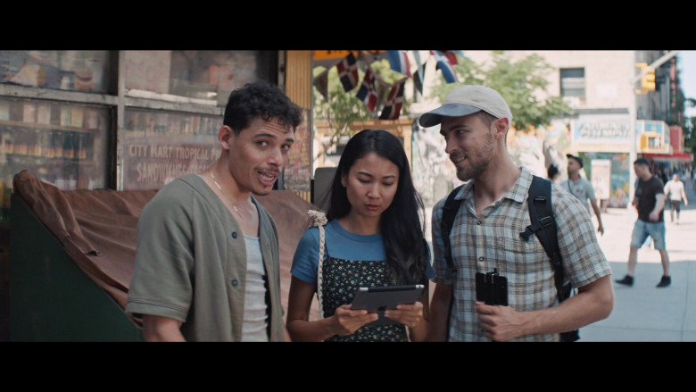 Apple iPad Tablet in In the Heights (2021)