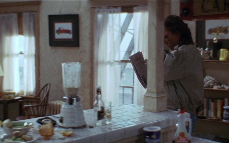 Aunt Jemima Syrup in Tango & Cash (1989)