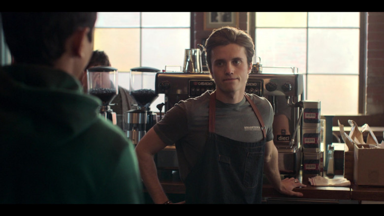 Casadio Dieci Coffee Machine in Love, Victor S02E08 The Morning After (2021)