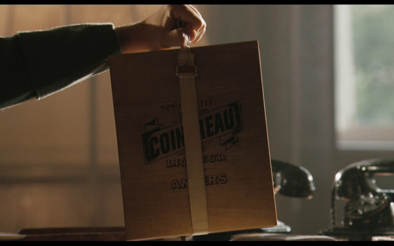 Cointreau wooden box in Valkyrie (2008)