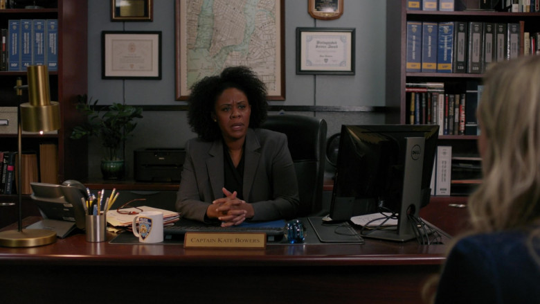 Dell Computer Monitor of Andrene Ward-Hammond as Captain Kate Bowers in Manifest S03E11 Duty Free (2021)