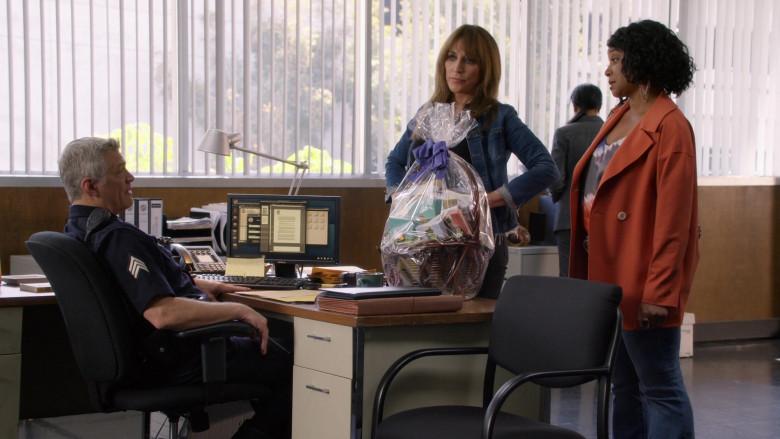 Dell PC Monitors in Rebel S01E08 (1)