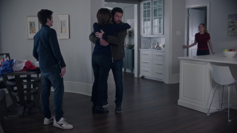 Diadora Men's Sneakers in A Million Little Things S03E17 Justice Part 1 (2021)