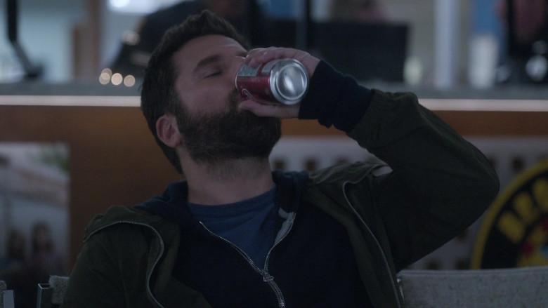 Dr Pepper Soda in A Million Little Things S03E17 (3)