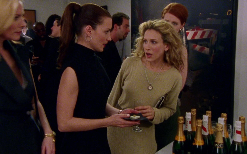 G.H.Mumm, Veuve Clicquot & Moët Champagne Bottles in Sex and the City S03E04 Boy, Girl, Boy, Girl… (2000)