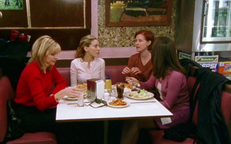 Heineken Beer, Pepsi and Sunkist Drinks in Sex and the City S01E09 The Turtle and the Hare (1998)