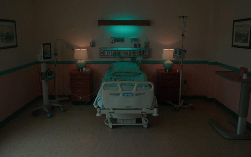 Hill-Rom Hospital Bed in Lisey's Story E01 Bool Hunt (2021)