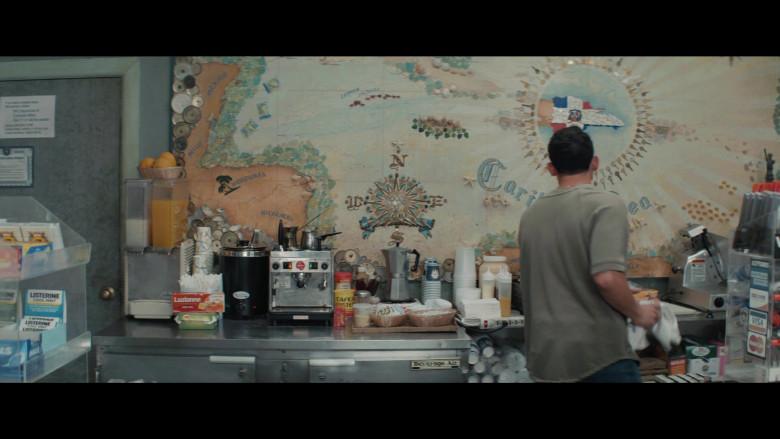 Listerine Cool Mint, Luzianne Tea, Lipton, Café Bustelo in In the Heights (2021)