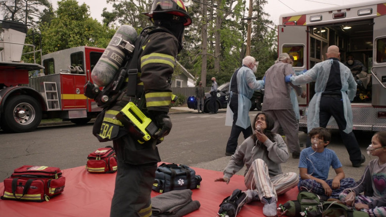 MSA Safety SCBA Self Contained Breathing Apparatus in Station 19 S04E16 Forever and Ever, Amen (9)