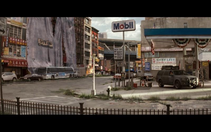 Mobil in I Am Legend (2007)