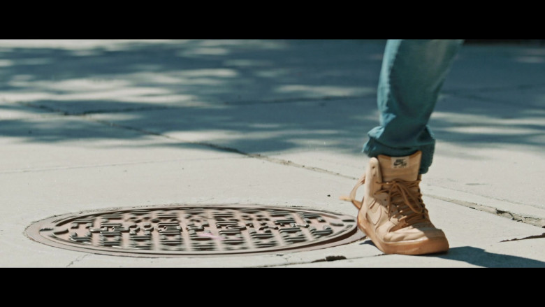 Nike Air Force 1 Sneakers of Anthony Ramos as Usnavi de la Vega in In the Heights (2)