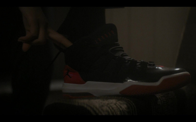 Nike Jordan Max Aura Sneakers in The Chi S04E05 The Spook Who Sat by the Door (2021)