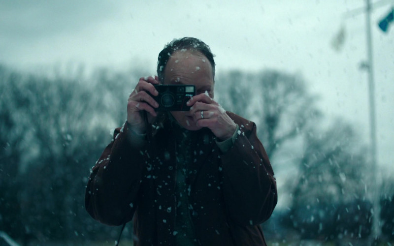 Nikon Camera in Lisey's Story E03 Under the Yum-Yum Tree (2021)